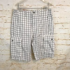 NWT Levi's men's cargo shorts plaid 29 relaxed fit